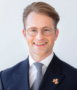Dr. Felix Kroschke